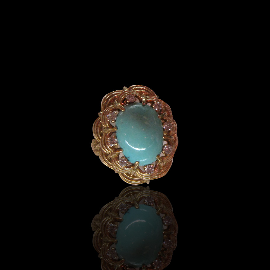18kt Turquoise and Diamond ring