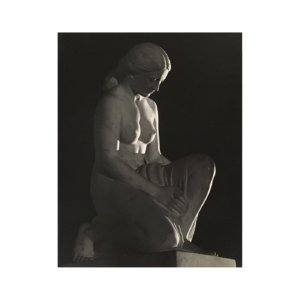 Dale B Pickard [1916-1977] photographer : Nude female statue, 1943.